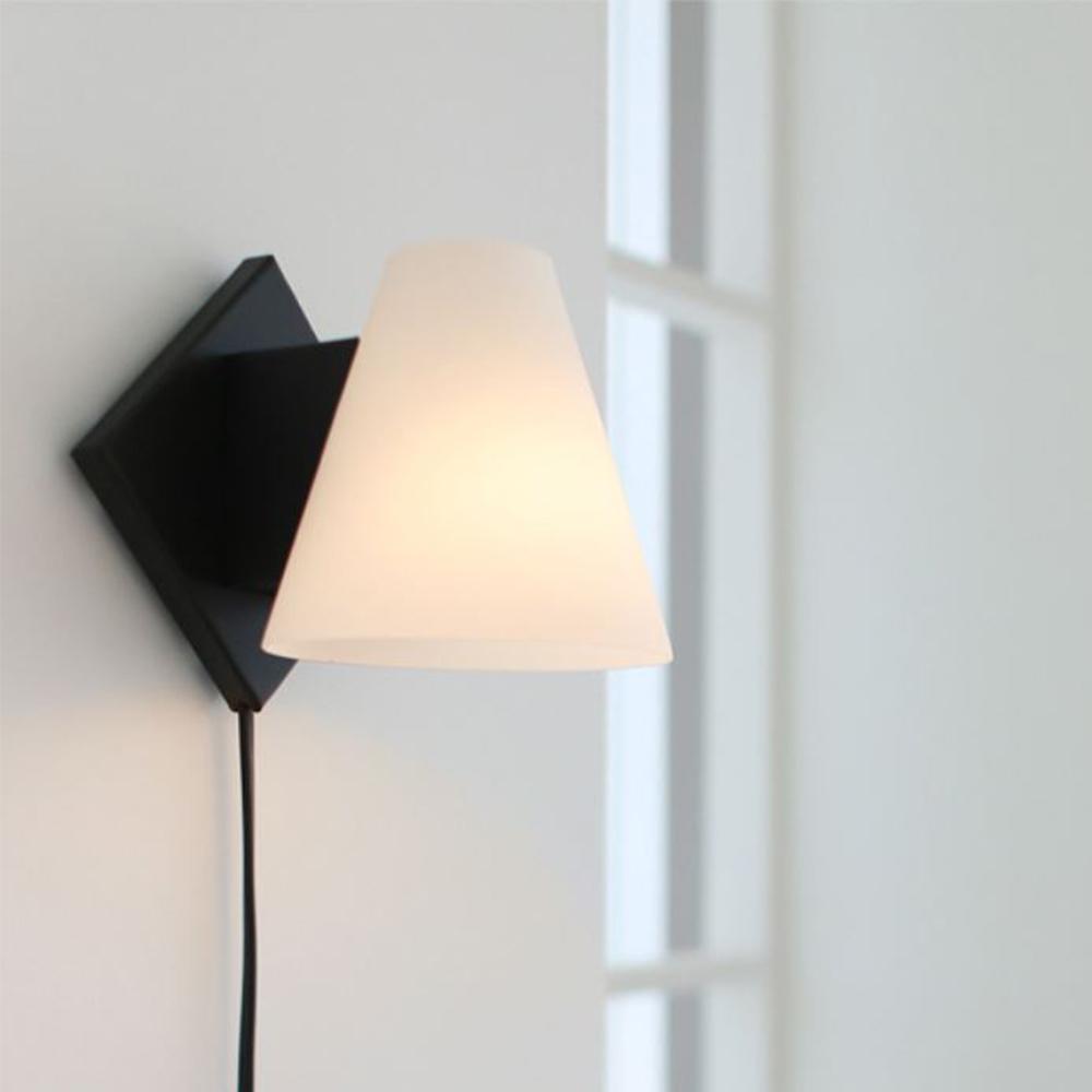 모리 벽걸이 스탠드[LED]-블랙
